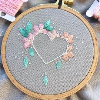 Heart and Flowers Embroidery Hoop  | Вышивка Сердце и Цветы