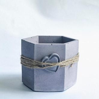 Кашпо из бетона. Бетонный горшок для цветов