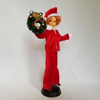 Кукла молодой Санта Клаус с рыжими волосами. Рождественский декор