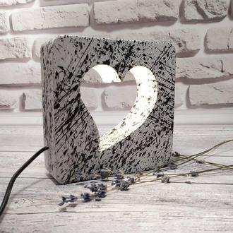 Дерев'яний світильник-нічник серце з плавним регулюванням яскравості