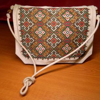 Сумка с украинской вышивкой
