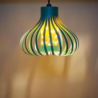 Подвесной светильник из дизайнерского картона
