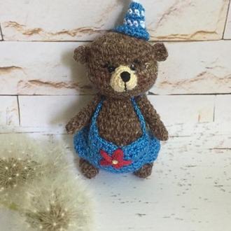 Коричневый мини медвежонок