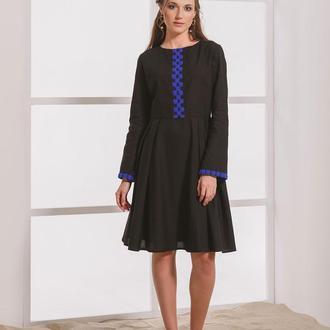 Чёрное платье с борщевской вышивкой