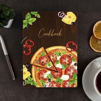 Книга для рецептов в деревянной обложке «Pizza»