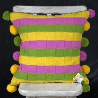 Вязанный декоративный чехол на подушку