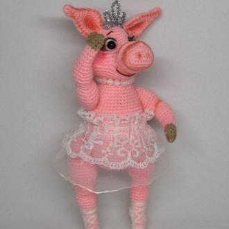 Свинка балеринка вязаная игрушка