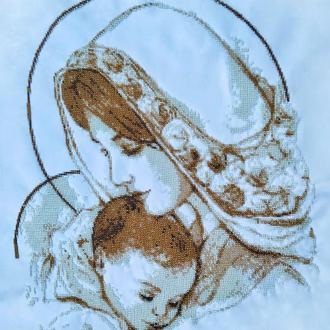 Икона Мадонна с младенцем, вышитая чешским бисером