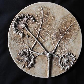 Декор из гипса панно Элеутерококк
