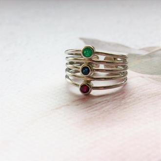 Серебряное кольцо с натуральными изумрудом, сапфиром и гранатом