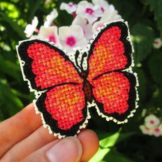Бабочка Вышитый магнит на холодильник