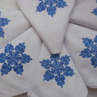 """Набір новорічних серветок з бавовни з вишивкою ручної роботи """"Сніжинка"""""""