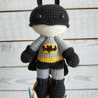 Мягкая игрушка Бэтмен (вязаная кукла супергерой)
