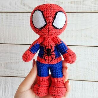 Мягкая игрушка Человек-паук (вязаная кукла супергерой)