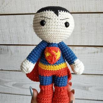М'яка іграшка Супермен (в'язана лялька супергерой)