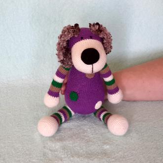 Собака фиолетовая. Вязаная игрушка.