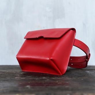 Женская поясная сумка из натуральной глянцевой кожи