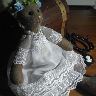 Кошечка невеста