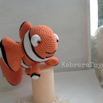 Рыбка-клоун крючком