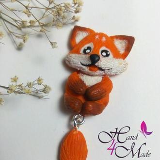 Кулон в виде лисички. Кулон с лисичкой. Лисичка кулон. Подвеска с лисой. Кулончик с лисенком.