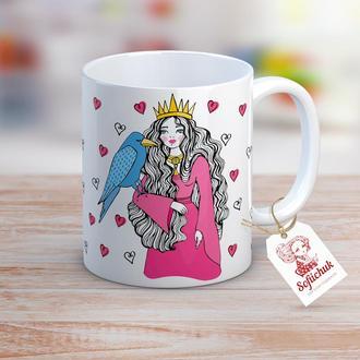 Сказочная королева с птицей - дизайнерская чашка
