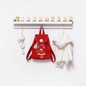 Детский рюкзак с вышивкой