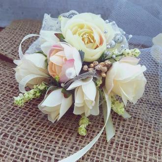 Бутоньерка для под подружки невесты