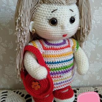 Вязаная каркасная кукла крючком