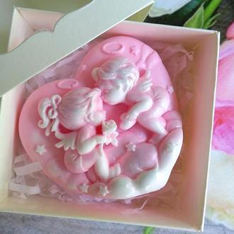 Сувенирное мыло: сердечко с ангелочками в коробочке