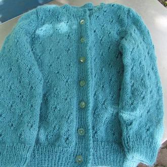 Вязаный свитер на пуговицах