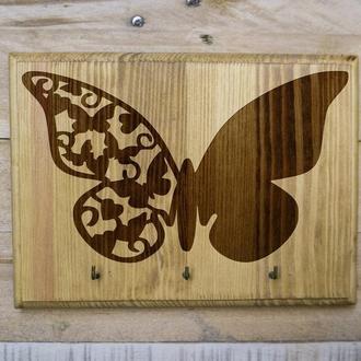 "Настенная ключница ""Бабочка"" 01 из дерева"