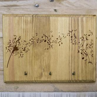 "Настенная ключница ""Музывака цветов"" из дерева"