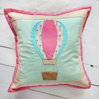 Декоративная подушка с аппликацыей
