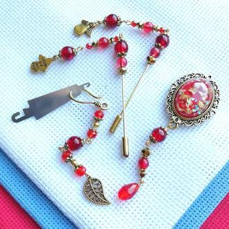 Набор аксессуаров для вышивки Red Angel: счетные иглы, игольница и маячек