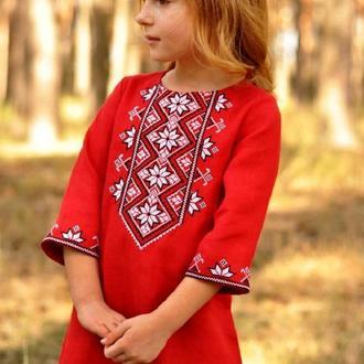 Сукня-вишиванка дівчинці