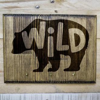 "Настенная ключница ""Wild"" из дерева"