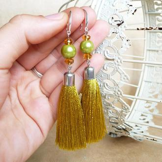 Оливковые серьги шелковые кисти, серьги кисточки желтые, вечерние серьги