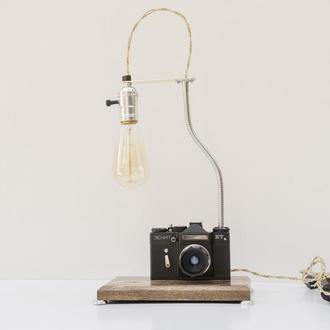 Настольная лампа PRIDE&JOY c винтажным фотоаппаратом 02glsz