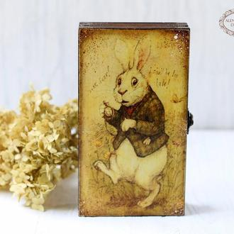 """Шкатулка Купюрница """"Алиса в Стране Чудес"""" Белый Кролик"""