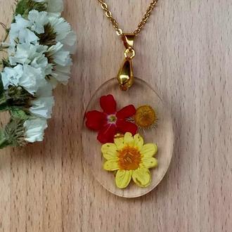 Кулон с цветами