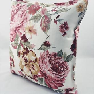 Диванная декоративная подушка в цветочный принт. Подушка на замке.