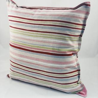 Диванная декоративная подушка. Подушка на замке.