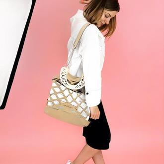 Стильная женская сумка Figlimon WONDER| бежевая с белой косметичкой