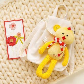 Детский рюкзак с игрушкой ручной работы IrunToys