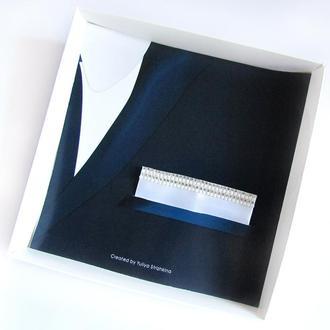 Паше (нагрудный платок для пиджака) белый со стразами и жемчугом для праздника