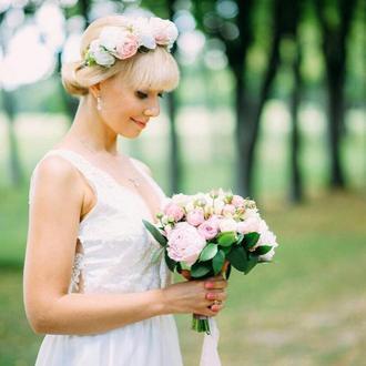 венок с цветами венок из розовыми розами венок на свадьбу