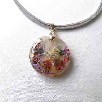 Кулон с сушеными цветами и камнями Талисман благости и равновесия Прозрачный кулон