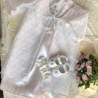 Очень красивый набор для крещения (платье, накидка, пинетки и повязка на голову)