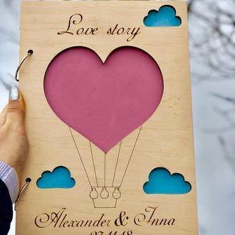 """Альбом """"Love Story"""" для фотографий из дерева с Вашими именами и датой"""