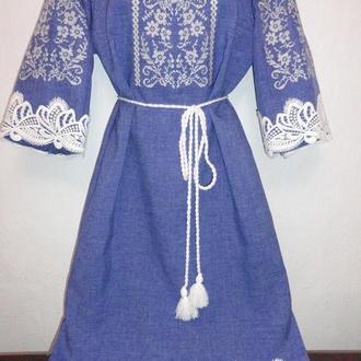 Джинсове вишите плаття